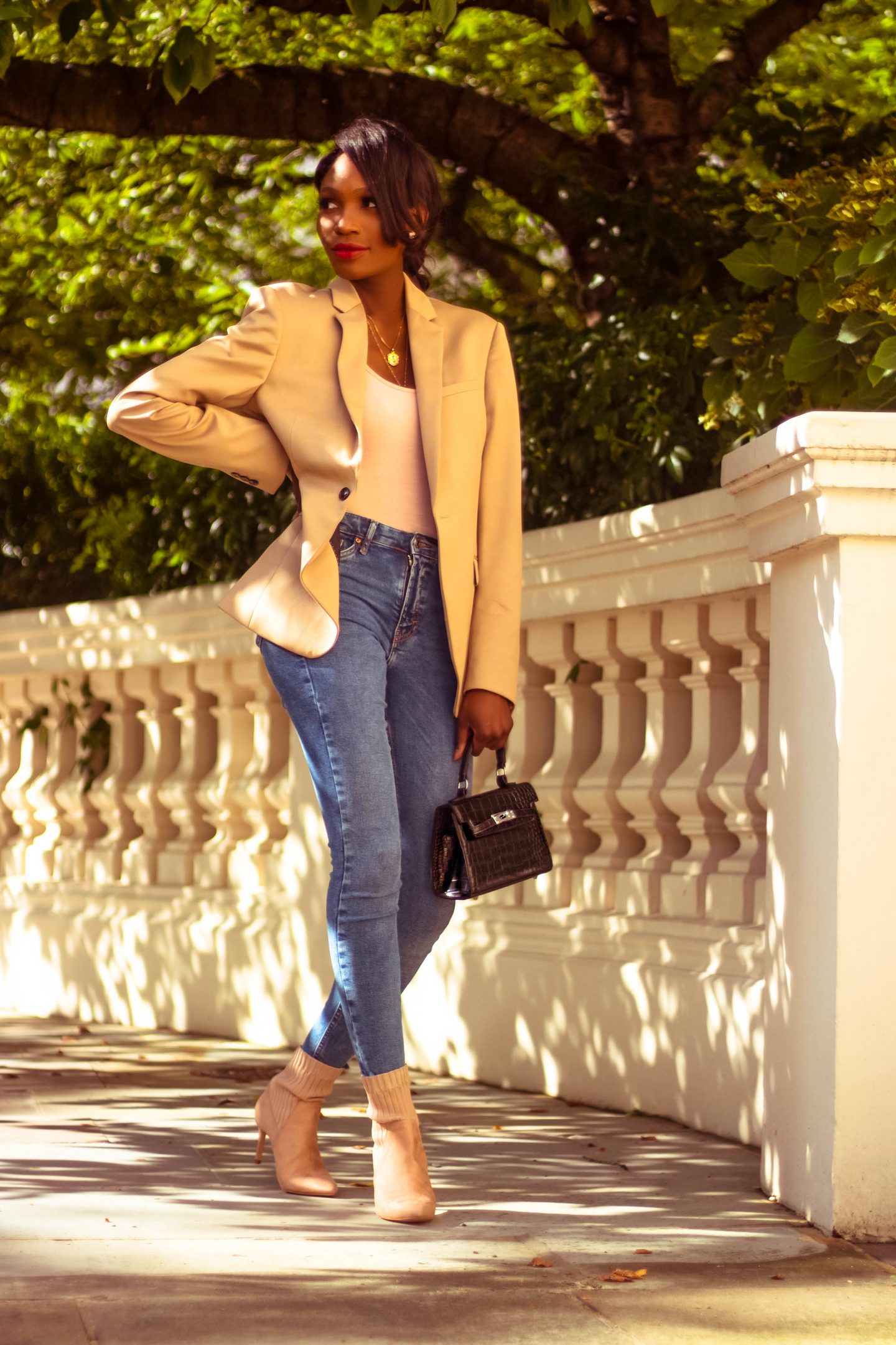 HOW TO STYLE A MASCULINE BLAZER