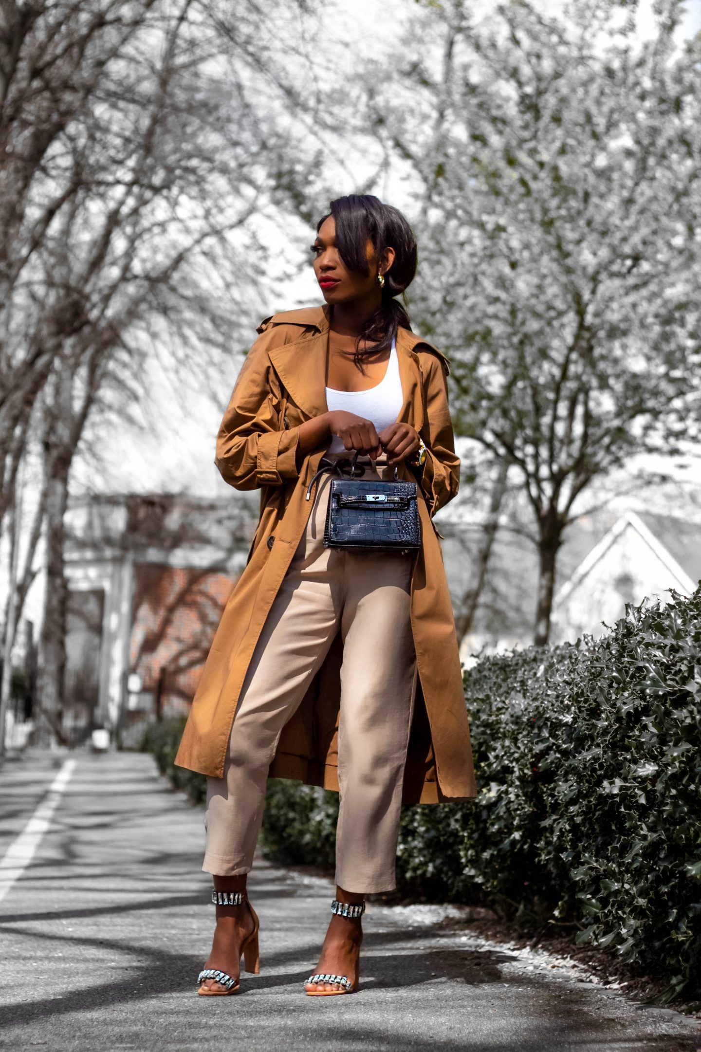 MID-WEEK TRENCH